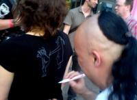Alf Ator signiert bei der Vorführung von Metalocalypse (c) Edgar Pohl