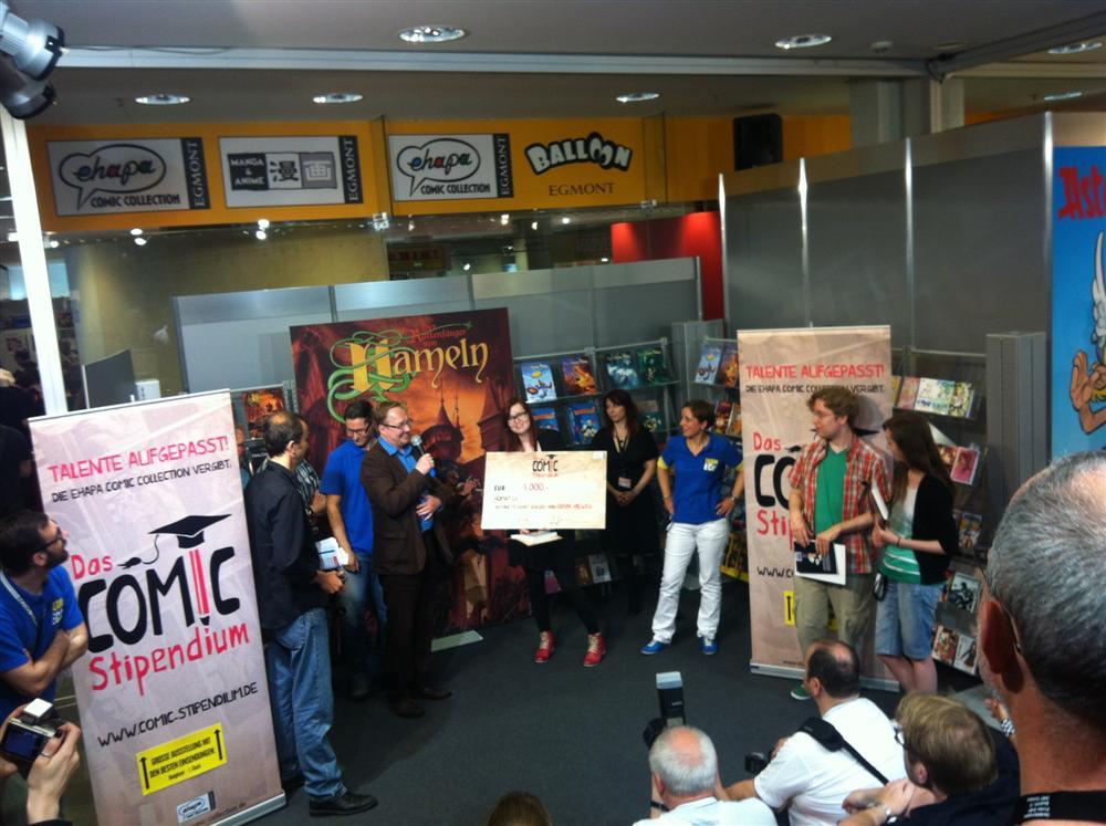 OliviaVieweg gewinnt das Ehapa-Comicstipendium auf dem Comic-Salon 2012
