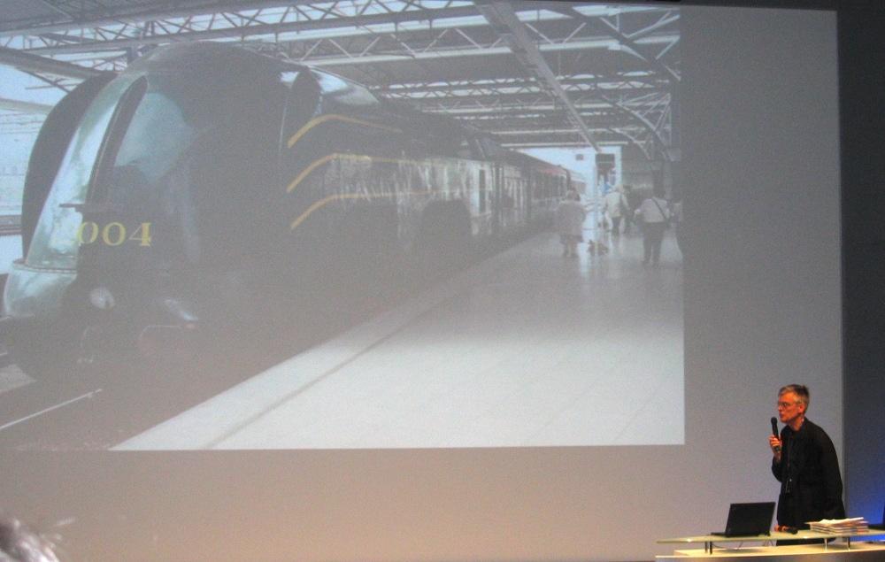 Francois Schuiten bei der Präsentation in Paris