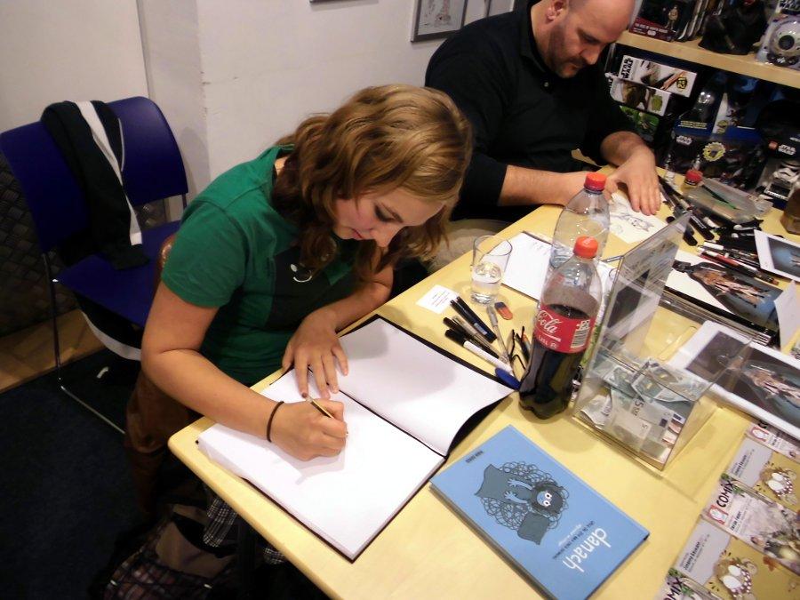 Schlogger beim gemeinsamen Signieren mit Davide Fabbri in Hannover